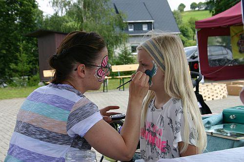 Arnsfelder Familientag - Kinderschminken